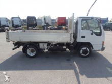 camion Isuzu NPR 65L