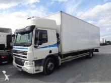 camión DAF FA75 310