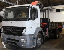 camión caja abierta transportador de hierro Mercedes