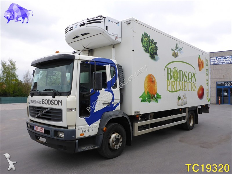 camion volvo belgique 161 annonces de camion volvo. Black Bedroom Furniture Sets. Home Design Ideas