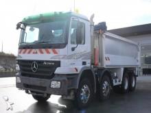 camión Mercedes Actros 3241