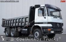 camión Mercedes Actros 2635