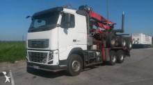 camion grumier Volvo