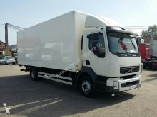 camión Volvo FL240.12