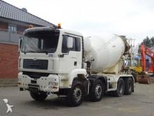 camión MAN 35.410 8x4