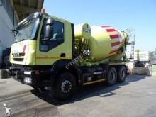 camión Iveco Trakker AD 380 T 50