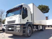camión Iveco Stralis 420 CELLA-FRIGO TRASPORTO CARNE E PED MT 8.80 ATP 2020