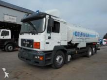 camion MAN 26.403 (F 2000 / 18600 L / 6X2)