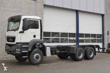 camion MAN TGS 33 400 BB-WW