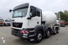 camion MAN TGA 32.400 8x4 BB Betonmischer Schwing 9m³ TOP!