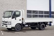 camión caja abierta Hino