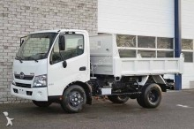 camion Hino 300 WU700L
