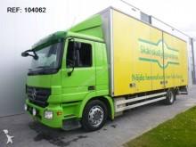 camion Mercedes ACTROS 1832 4X2 BOX EURO 5