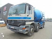 camión Mercedes Actros 3243