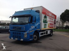 camion Volvo FM 300 4X2