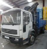 camión Volvo CAMION GRUA VOLVO FL 250 4X2 HIAB 144 2003