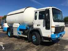 camion Volvo FL6 GAS TANK