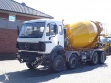 camión Mercedes 3238 8x4 Kipper + Mischer