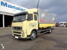 camion auto-école Volvo