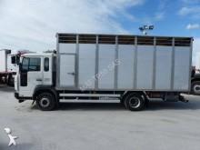 camion trasporto bestiame Volvo