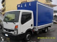 camion rideaux coulissants (plsc) ridelles Nissan