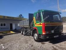 camión Volvo FL10 340