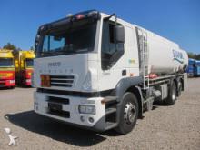 camión cisterna Iveco