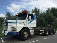 camion Scania T143 420 8x4