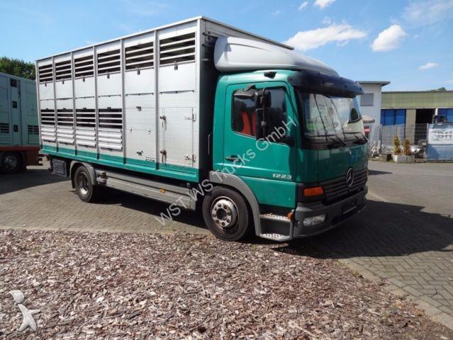 gebrauchte pferdetransporter 54 anzeigen von pferdetransporter gebraucht pferdeanh nger zum. Black Bedroom Furniture Sets. Home Design Ideas