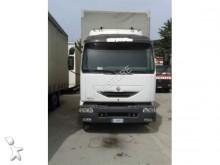 camion fourgon paroi rigide repliable Renault