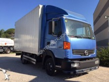 camion furgone plywood / polyfond Nissan