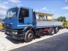 camión Iveco CURSOR 260E31 (102)
