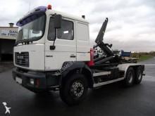 camión MAN F2000 27.364