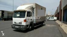 camion cassone centinato alla francese Nissan