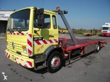 camión de asistencia en ctra Renault
