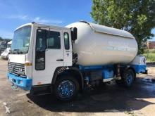 camion cisterna a gas Volvo