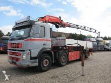 camion piattaforma Volvo