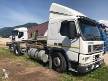 camión Volvo FM 12-420 6X2