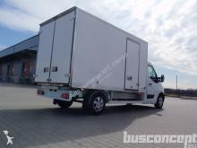 camión Renault Master isotherm + refrigeration unit OºC