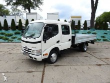 camion plateau ridelles Toyota