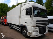 camion DAF 105 XF 460/6x2/ Koffer