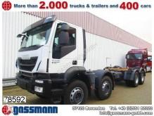 camión chasis Iveco
