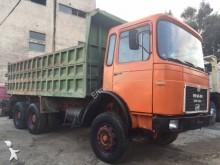 ciężarówka wywrotka do transportu zbóż MAN