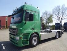 camión de asistencia en ctra Mercedes