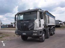 camión volquete Astra