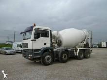 camión hormigón cuba / Mezclador usado