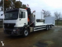 camion porte engins Mercedes
