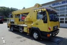 camión MAN L2000 8.174 4x2 Arbeitsbühne WUMAG WT 260