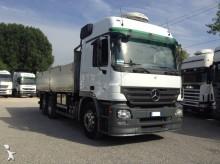camion benne Mercedes