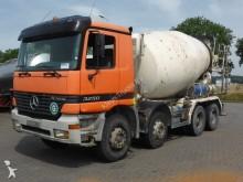 camion calcestruzzo Mercedes